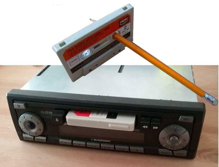 Tausche Schallplatten gegen ein Autoradio mit Kassettenspieler
