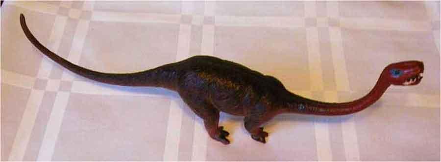 Ein Dinosaurier der Brachiosaurus ca. 26cm lang